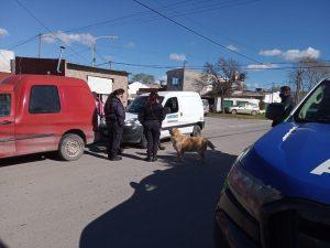 Perros Pitbull agresivos. Mataron a otro can en barrio Los Aromos. Conflicto entre vecinos
