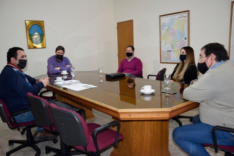 San Cayetano: Gargaglione recibió al delegado del Instituto de la Vivienda