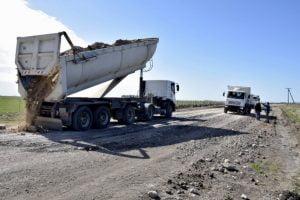 Trabajos viales en San Cayetano
