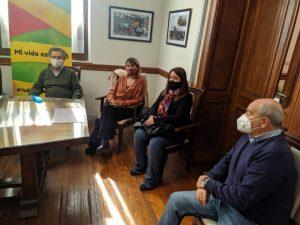 """Firmaron contrato para reconstruir la Escuela 5. Sánchez agradeció a """"Cuto"""" Moreno por las puertas abiertas"""