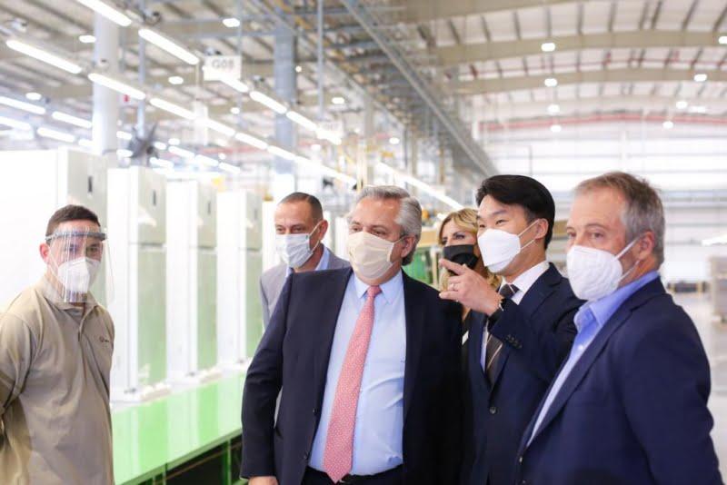 El Gobierno anunció líneas de financiamiento productivo para empresas y para la compra de electrodomésticos