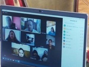 Sánchez en charla virtual con alumnos del Centro de Educación Complementario