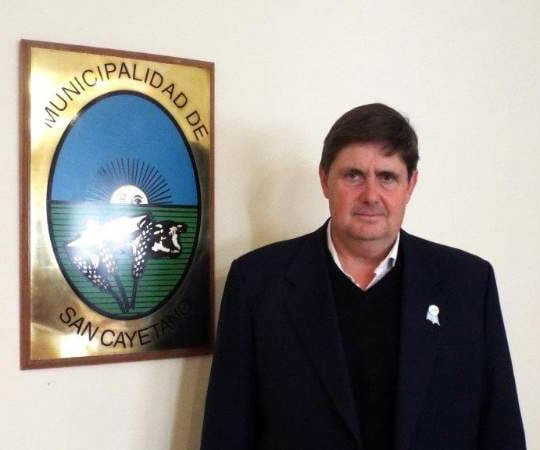 El intendente Gargaglione va en la lista opositora a la interna de la UCR