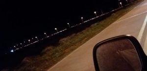 """Interminable fila de vehículos en la rotonda de """"El Pescado"""" (video)"""