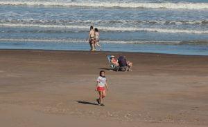 Claromecó vivió una jornada comparable al verano en lo climático