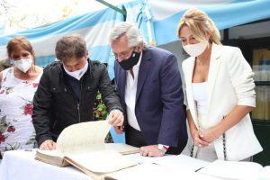 Kicillof encabezó junto al Presidente homenaje por el Día de la Lealtad en Martín García