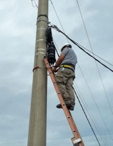 La Cooperativa Eléctrica de Claromecó avanza con la obra de fibra óptica
