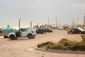 El viento complicó la tarde en Claromecó (Videos)
