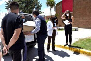 San Cayetano: comenzaron a vacunar a los trabajadores del sistema sanitario