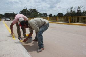 Claromecó: pintaban el puente vehicular y mientras pararon a descansar les robaron la pintura