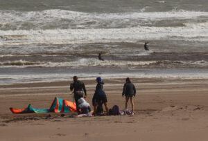 Claromecó: día ventoso, ideal para el kitesurf