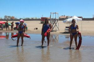 Primer puesto de guardavidas en Claromecó solo con mujeres