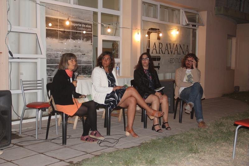 Claromecó: Editorial Caravana presentó el libro de Gabriela Lobo