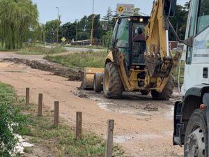 Trabajos viales en la colectora de Ruta 3 (videos)