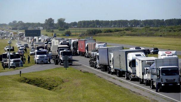 Asociaciones rurales provinciales repudian a través de comunicado los cortes en las rutas