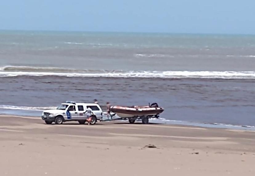 Apareció en la playa la malla que usaba Barreto cuando se tiró al arroyo