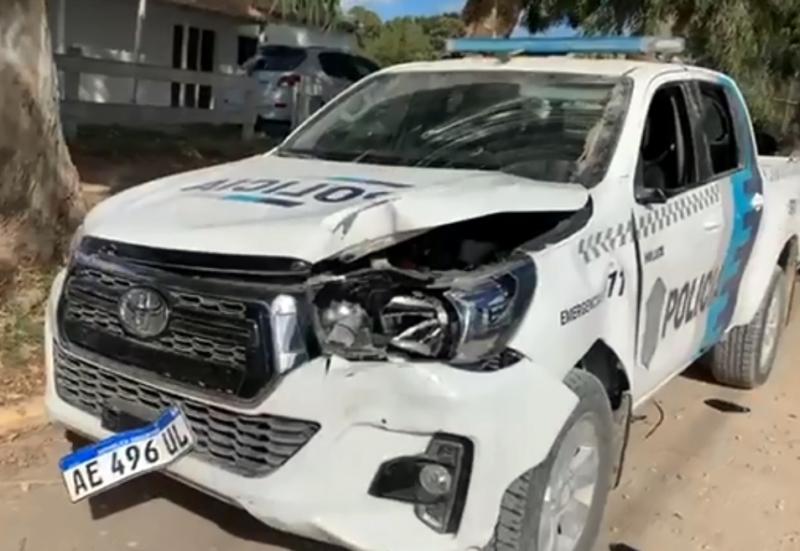 Reta: un patrullero quedó destruido
