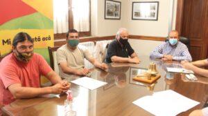 Parque Industrial: Se firmaron boletos por la venta de tres lotes