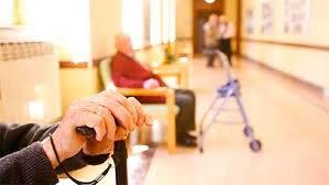La dueña del geriátrico denunció a la empleada: ya  hay intervención judicial