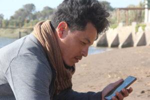 Mauro Alvarez regaló su arte a Claromecó