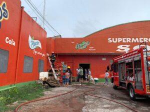 Incendio en Supermercado Sofía, al lado de LU24