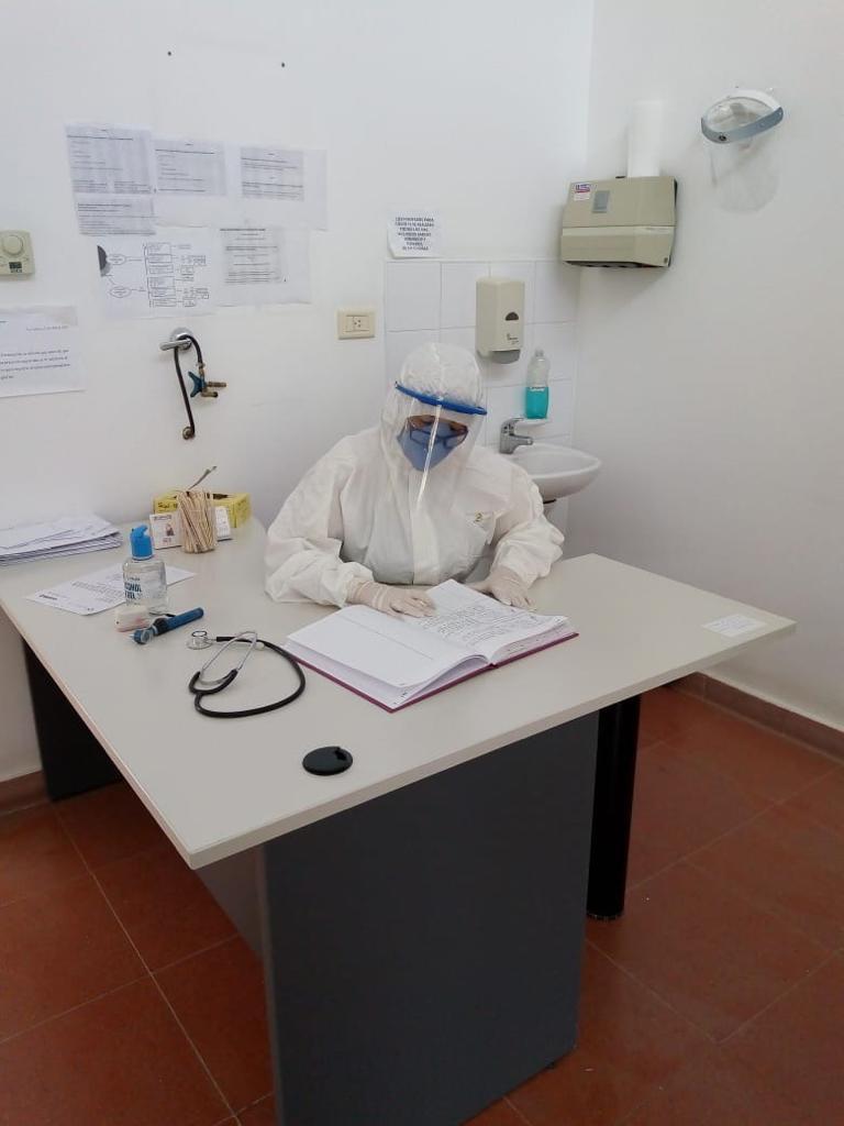 Desde el lunes 8, los hisopados por sospechas de COVID se realizarán a partir de las 11 horas en el Hospital