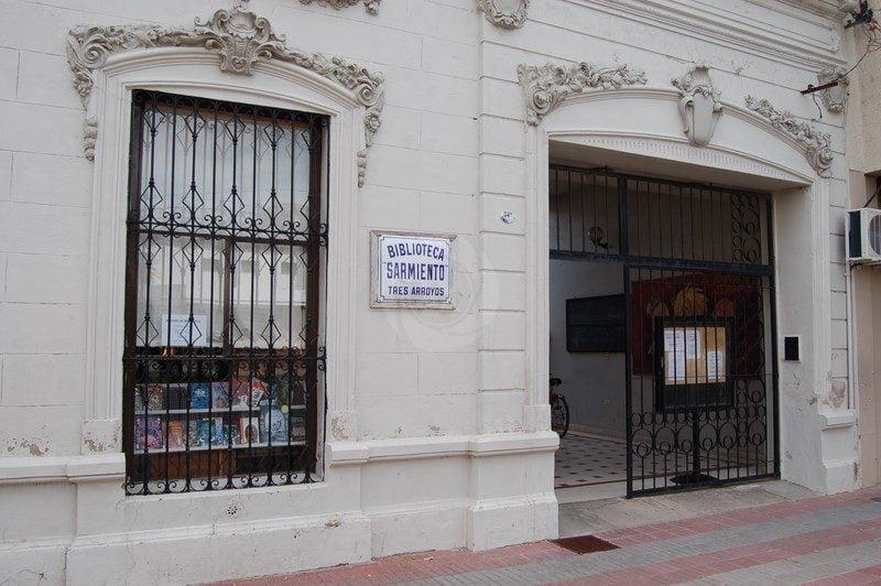 La Biblioteca Sarmiento convoca a talleristas y anuncia actividades
