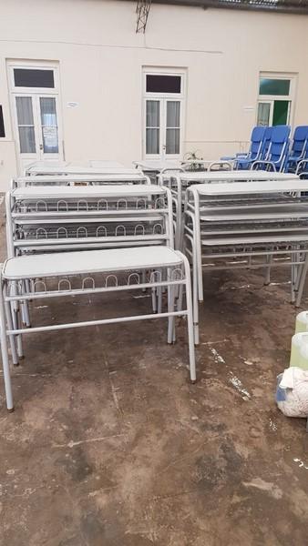 San Cayetano: recibieron mobiliario destinado a instituciones escolares