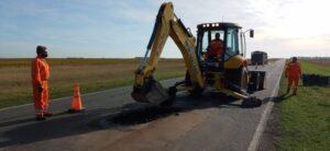 Trabajos de bacheo en Ruta 3: entre Tres Arroyos, Chaves y Juárez