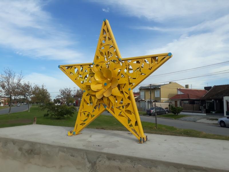 """El monumento """"Estrella Amarilla"""" a días de ser inaugurado"""