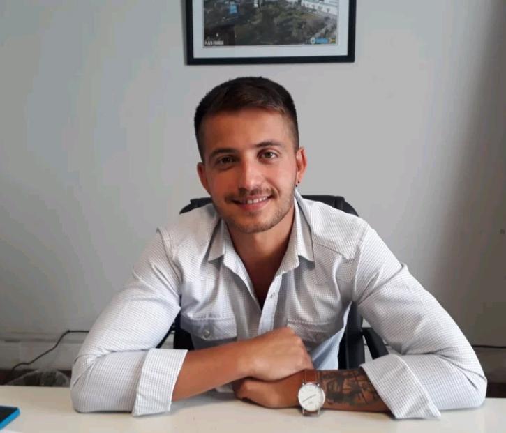 Andrés Narciande habría renunciado a su cargo como director de Políticas para la Juventud