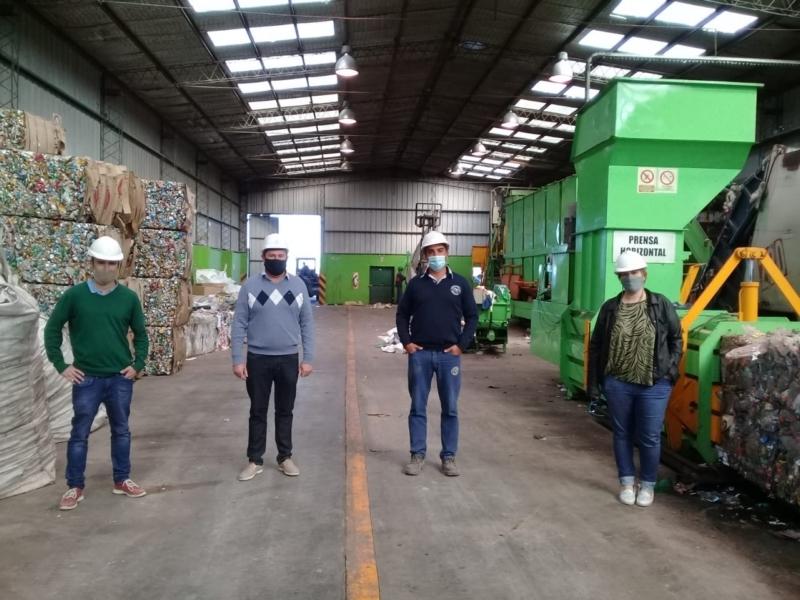 Funcionarios de Coronel Dorrego visitaron la Planta de Separación de Residuos de Tres Arroyos