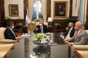 El Presidente le solicitó a Massa un nuevo programa de mejoras para el monotributo y de alivio fiscal
