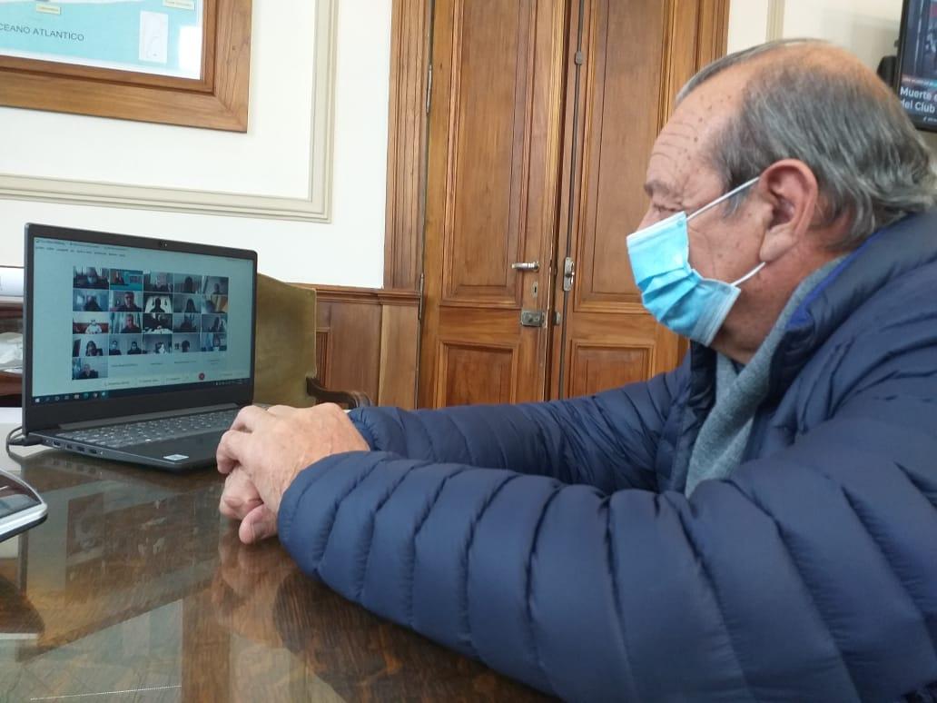 Firman convenio para realizar obra de agua en Copetonas