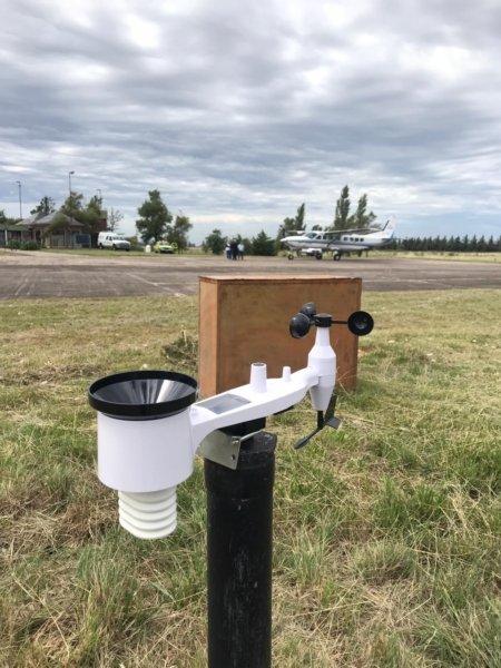 El Aeródromo conectó a Internet la información de su estación meteorológica