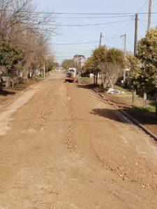 Avanzan los trabajos de cordón cuneta en Barrio Ruta 3 Sur y Escuela 4