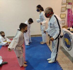 Deportes: encuentro recreativo de taekwondo en Cascallares