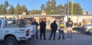 Allanan una vivienda y secuestran dos revólveres con municiones