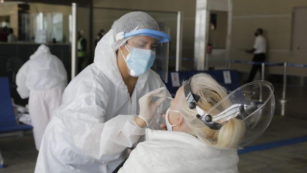 Murieron 106 personas y hubo 2.034 nuevos contagios de coronavirus en el país