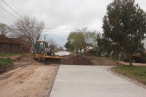 Avanza obra de pavimento en Claromecó