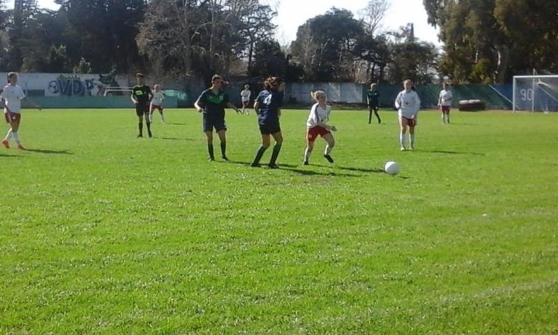 Fútbol femenino: el miércoles comienza el clasificatorio para el Federal