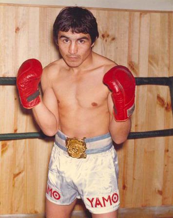 Miguel Lazarte y un repaso por su carrera en el Día del Boxeador
