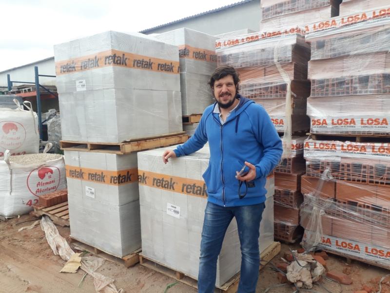 Importante capacitación de la empresa Retak en Alemani Aberturas