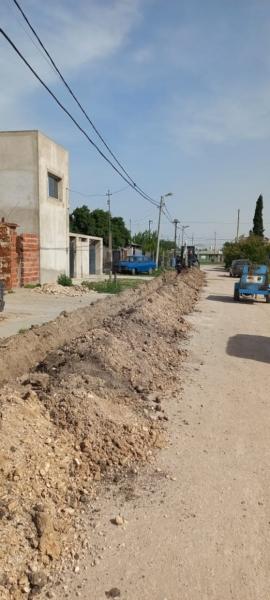 Satisfacción vecinal por ampliación de red de cloacas y agua en Barrio Solidaridad